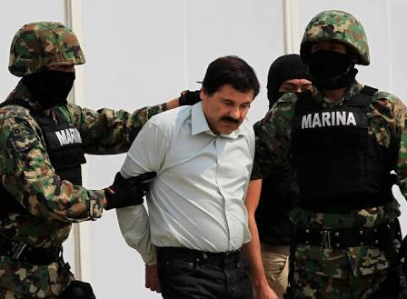 """Amparo ordena dejar de incomunicar a """"El Chapo"""""""