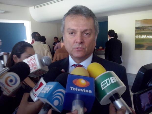 Niega ISSSSPEA información sobre adeudos de dependencias y Aytos.