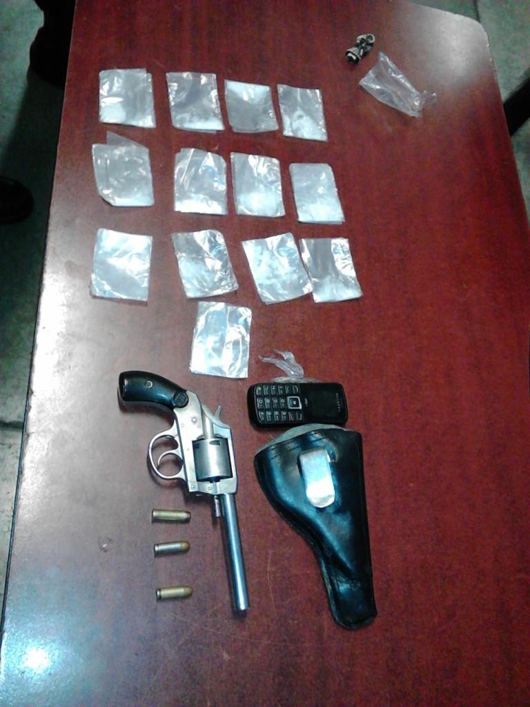 Detienen a narcodistribuidor armado