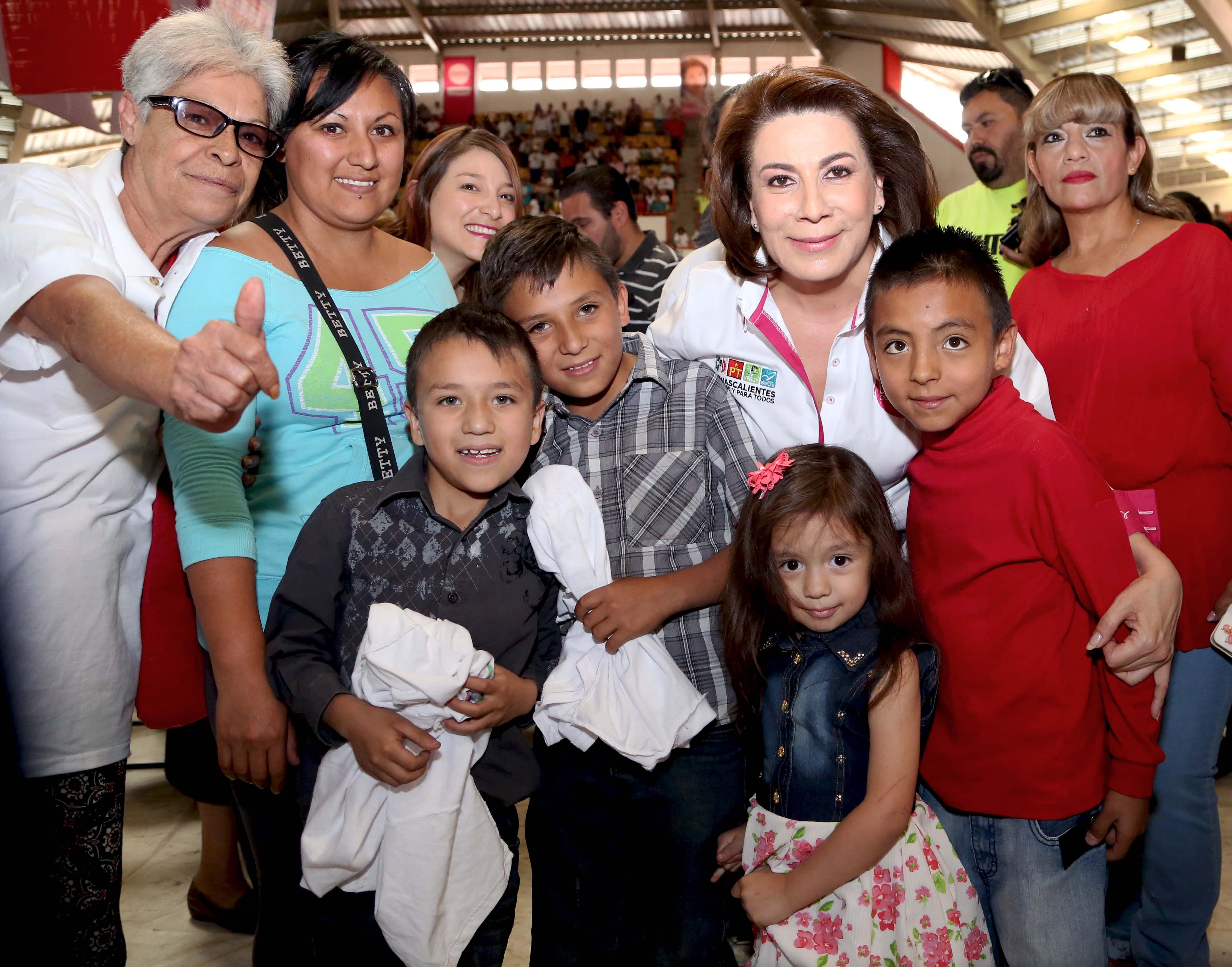 Priísmo de Aguascalientes refrenda su apoyo a Lorena Martínez