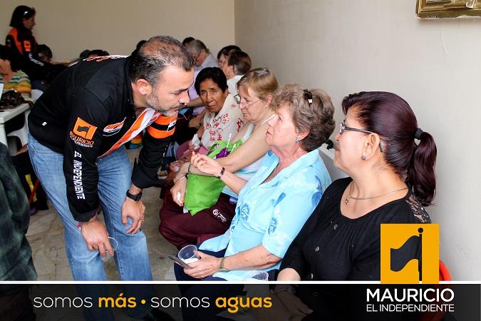 Mi gobierno atenderá las necesidades de los adultos mayores: Mauricio González