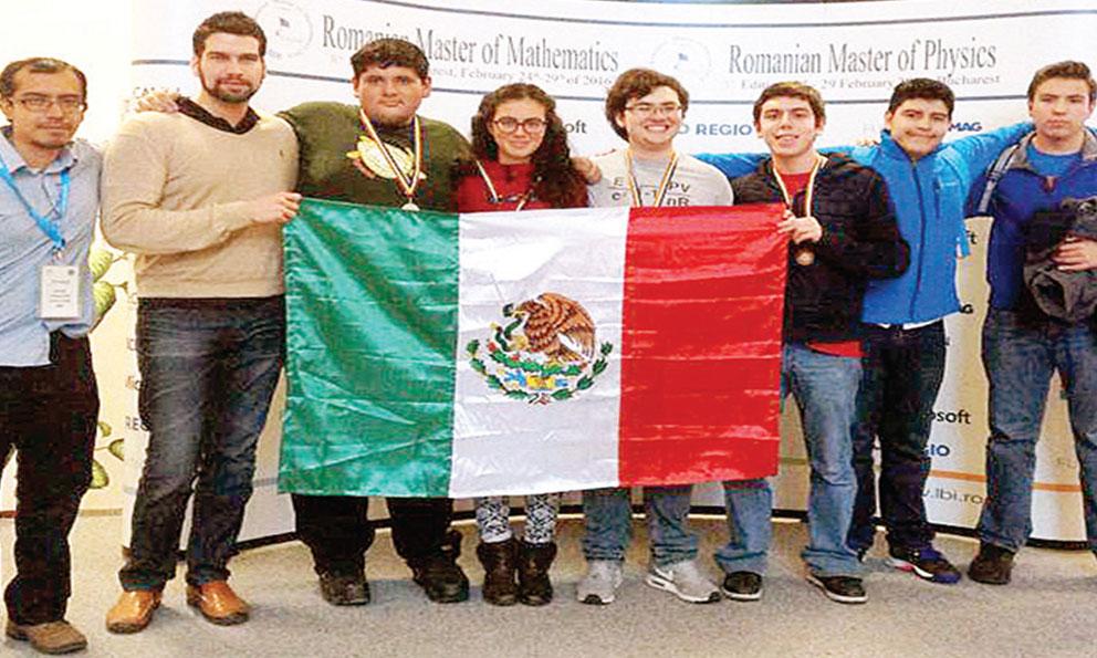México gana medalla de oro en Olimpiada de matemáticas