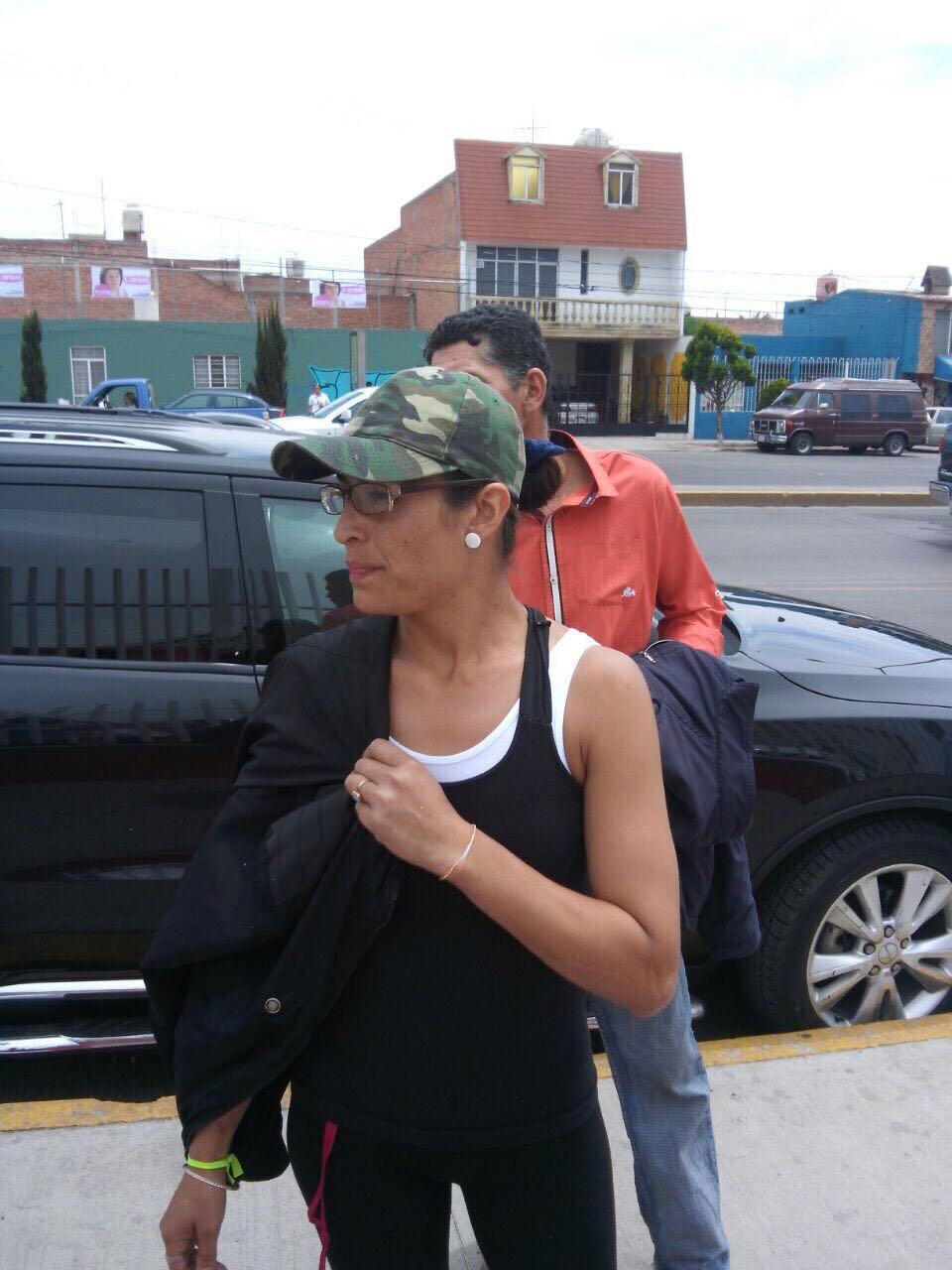"""Mujer ajena al PRI se infiltró en evento del Tricolor para """"reventar"""" aseguran"""