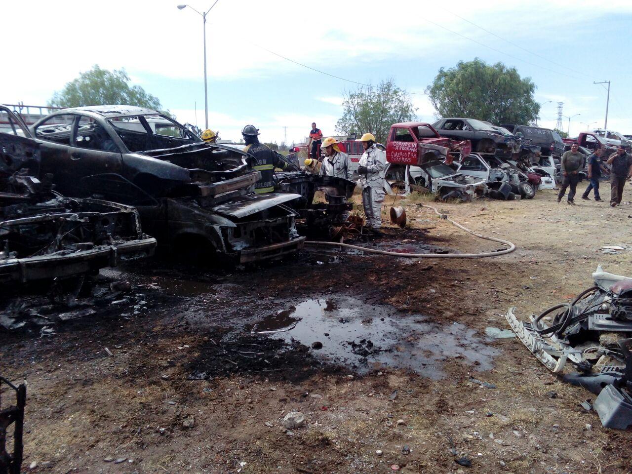 Se incendia chatarrera en Pabellón de Arteaga
