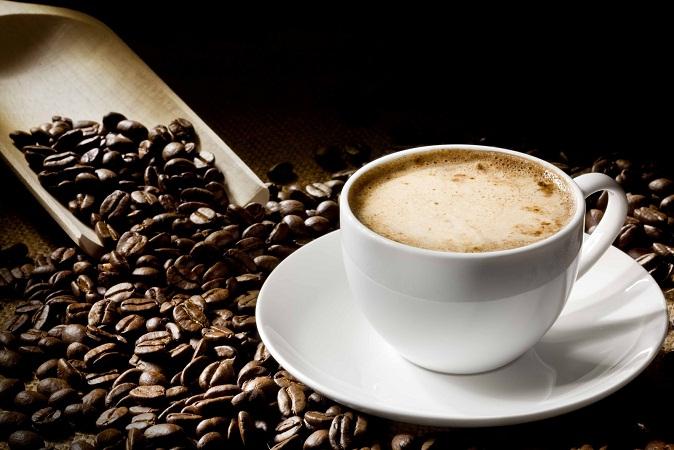 Tomar café disminuye el riesgo de padecer disfunción erectil