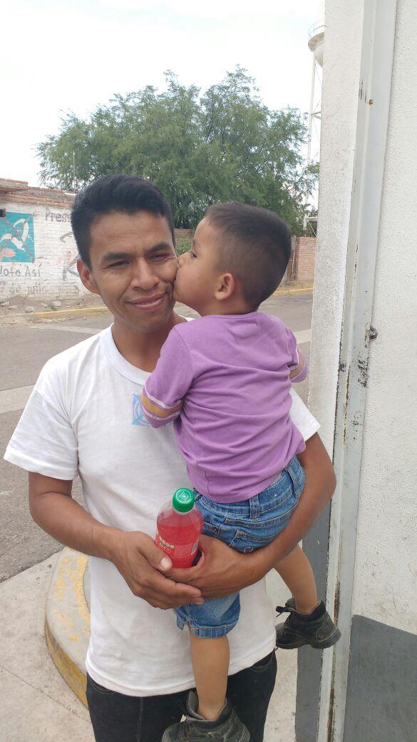 Localizan a menor de edad deambulando solo en Rincón de Romos