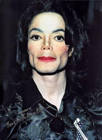 Michael Jackson si coleccionaba pornografía infantil