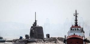 Submarino nuclear choca con barco español; Iberia exige una explicación al RU