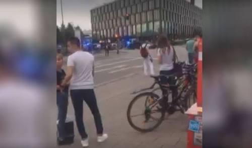 Al menos 6 muertos tras balacera en centro comercial de Múnich