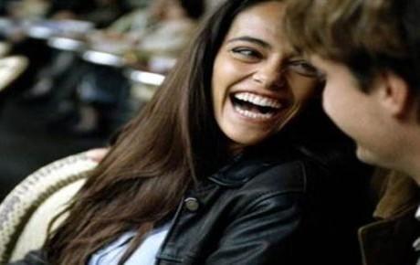 ¿Por qué los hombres aman a las mujeres introvertidas?
