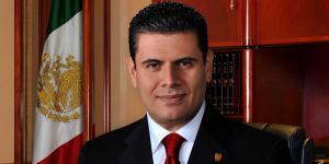 Por desvío millonario de recursos denuncian ante la PGR a Miguel Alonso