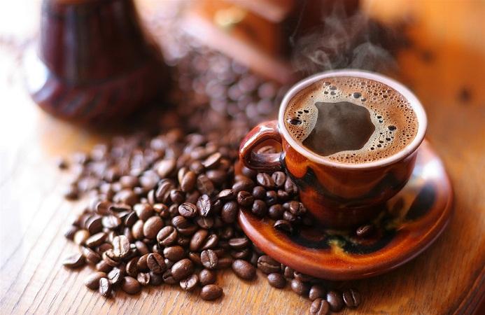 Tomar café alarga la esperanza de vida