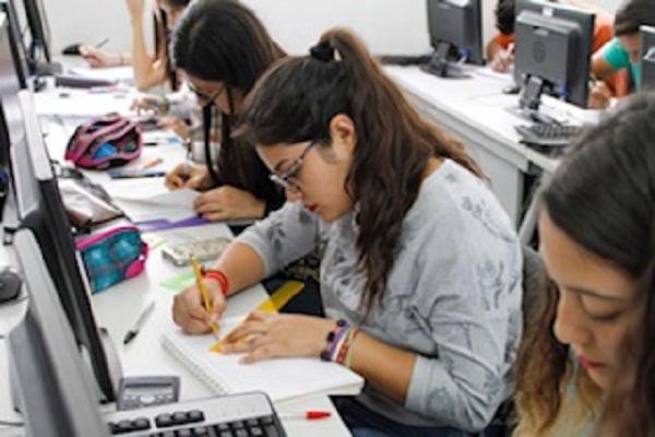 11 extraños tips para estudiar y hackear todo tipo de exámenes
