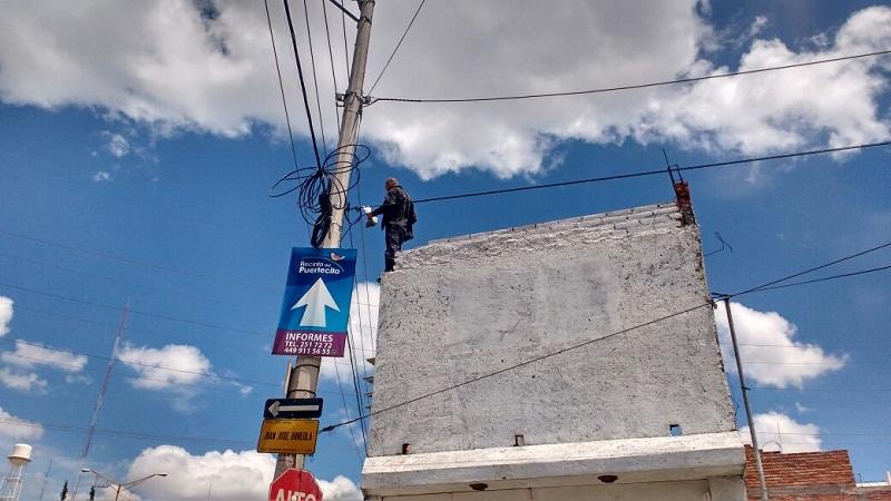 Policías municipales frustran suicidio de un hombre en el Fracc. Pensadores Mexicanos