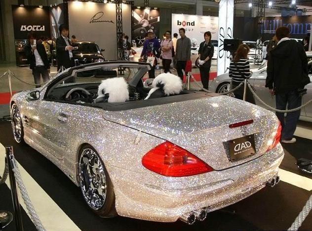 Ultra-Lujoso Mercedes Benz SL600 Adornado Con Diamantes