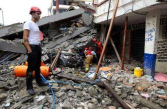 Morena entregó más de 51 mdp a damnificados por sismo