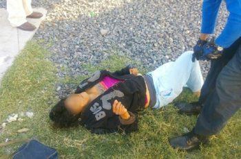 Mujer quiso ganarle el paso al tren caminando, no lo logró y murió en Ags.