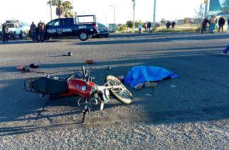 Choque entre moto y camioneta deja 1 muerta 2 heridas en Aguascalientes