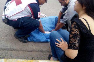 Muere ciclista arrollado por una combi en Ags.