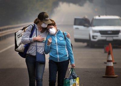 Los letales incendios de California podrían ganar fuerza