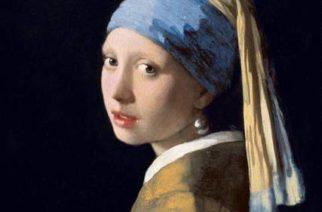 La joven con el arete de perla, ca. 1665, de Johannes Vermeer (1632-1665), ilustra la portada del poemario Dime dónde, en qué país, de Marco Antonio Campos, colaborador de La Jornada. Ese lienzo del artista holandés se exhibe en la Galería Real de Pinturas Mauritshuis, en La Haya