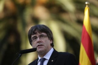 Líder de Cataluña no aclara si declaró la independencia
