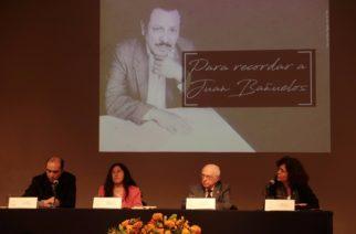 Recuerdan en Bellas Artes vida y obra del poeta Juan Bañuelos