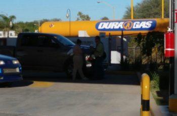 Frustra policía municipal robo a mano armada en Gasera en Aguascalientes