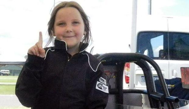 Niña de 8 años muere al estrellar su auto de carreras en Australia