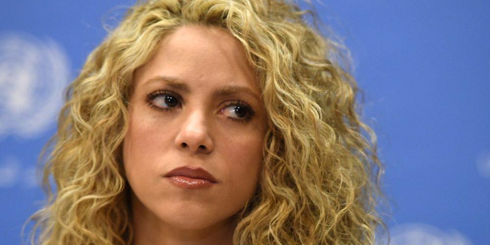 Shakira aplaza gira en Europa hasta 2018 por problema de salud