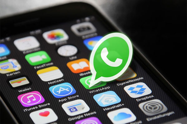 """Por qué nunca hay que cerrar WhatsApp en un iPhone """"deslizando hacia arriba"""""""
