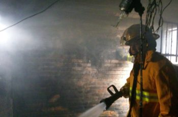Se incendia casa en San Francisco de los Romo