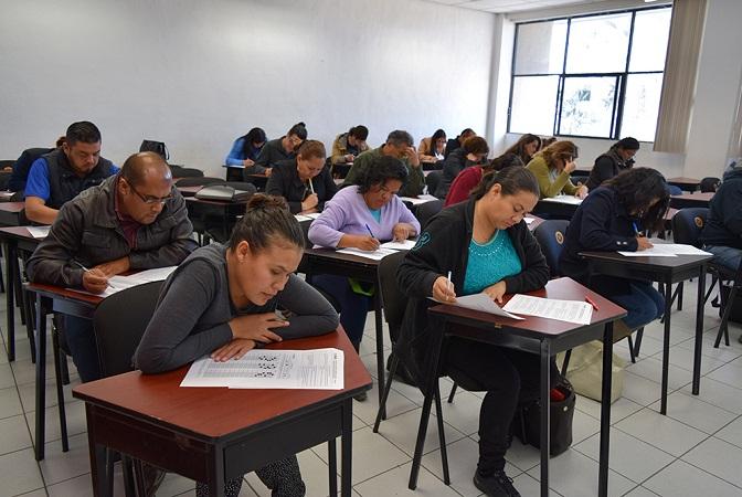 Aplican examen para aspirantes a supervisores y capacitadores electorales en Ags.