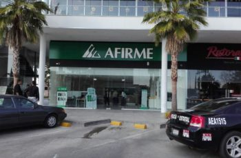Asaltan banco en Aguascalientes, se llevan 100 mil pesos.