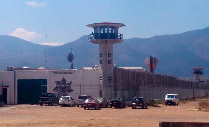 Destituyen a directora del Penal de Tanivet tras huelga de reclusas