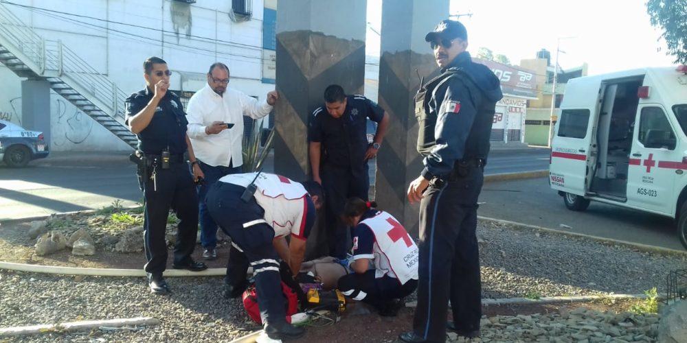 Investigan a 4 policías del MuniAgs por muerte de un detenido