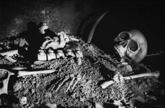 Mujer dio a luz dentro de un ataúd en la Edad Media