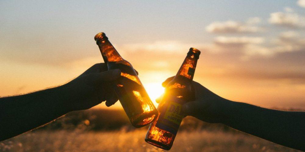 No importa cuánto alcohol consumas, este acortará tu vida, asegura nuevo estudio