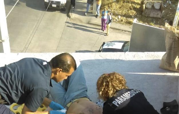 Limpiaba la azotea y terminó electrocutado en Aguascalientes