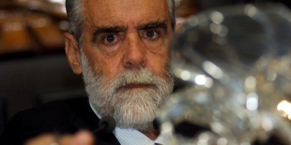 Diego Fern‡ndez de Cevallos, senador del PAN, durante la sesi—n del Senado de la Repœblica. 14 DE ABRIL DE 2005, MƒXICO, D.F. FOTO: OCTAVIO GîMEZ