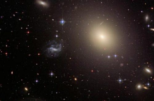 La teoría de la relatividad de Einstein resiste, incluso en escalas galácticas