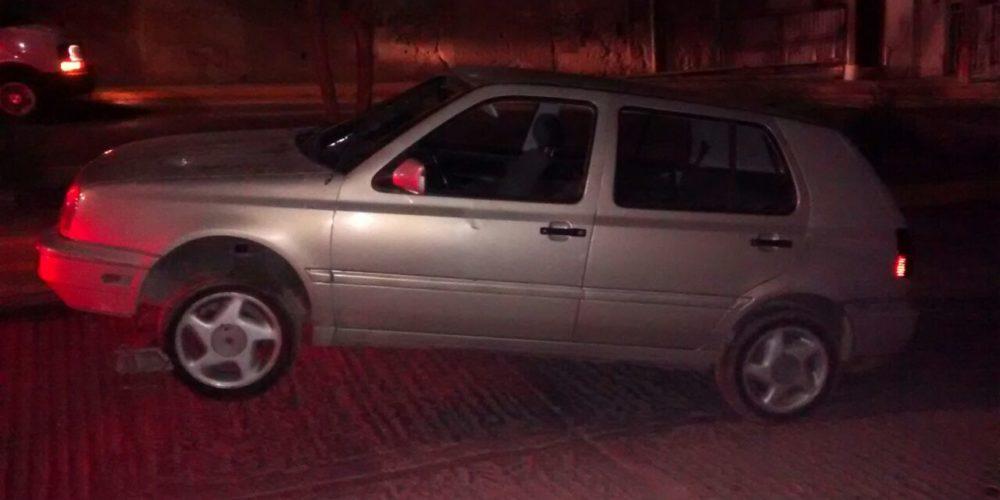 Detienen a sujeto y aseguran coches robados en Ags
