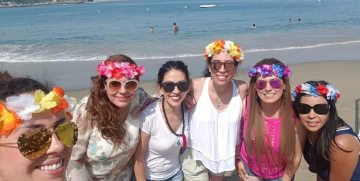 """Candidatas del PRI-Ags """"celebran"""" su derrota en la playa y Canadá"""