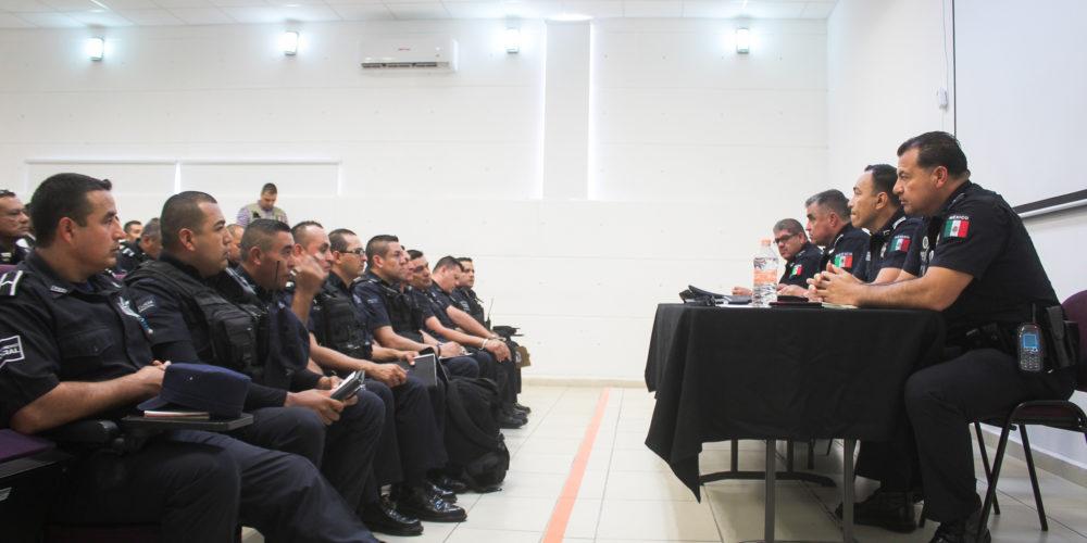 Llama Martínez Romo a elementos para reforzar estrategias de vigilancia