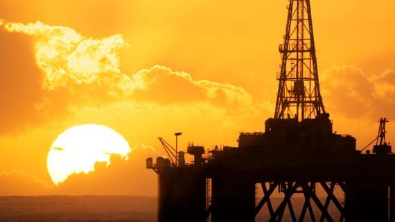 Pemex planea dejar de importar gasolina en cuatro años