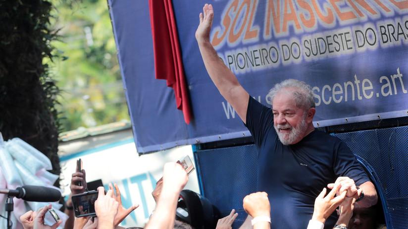 Lula se retira de las presidenciales con apoyo a Haddad