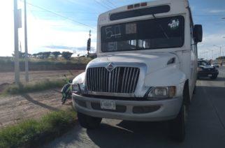 Muere mujer arrollada por un camión de transporte urbano en Ags
