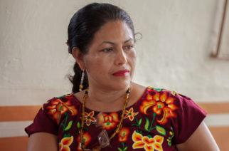 Líder zapoteca acusa que AMLO quiere convertirlos en zona maquiladora