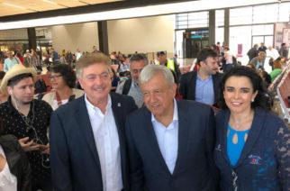 80920155. Veracruz, 20 Sep 2018 (Notimex-Especial).- El presidente electo de México, Andrés Manuel López Obrador, arribó al aeropuerto de esta ciudad en el marco de su gira de agradecimiento. NOTIMEX/FOTO/ESPECIAL/COR/POL/