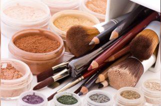 Estudios indican que el maquillaje podría causar cáncer e infertilidad
